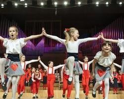 Zagrebački vrtići pjevaju sa zvijezdama