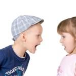 Dječje svađe: Kada roditelji trebaju intervenirati i kako?