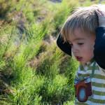 Zašto djeca vole bacati stvari i zašto im to ne bismo trebali braniti?