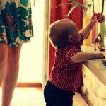 10 načina kako se igrati s djetetom od godine dana